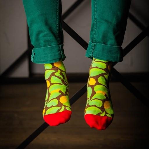 Мужские носки высокие Burning heels, лимоны, коричневые